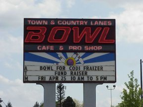 Codi's Life: Bowling for Codi day at Town & Country Bowling Lanes in Keizer, Oregon